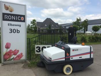 Bloembollen producent Ronico kiest voor een veegmachine met 5 jaar gegarandeerde stofcontrole